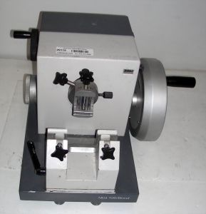 American Optical Biocut 1130 Rotary Microtome