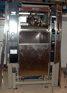 Amsco Eagle SL3433 Vacamatic Floor-model Autoclave Sterilizer