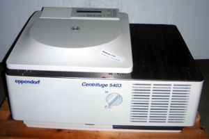 Eppendorf 5403R Bench-model, Refrigerated Centrifuge