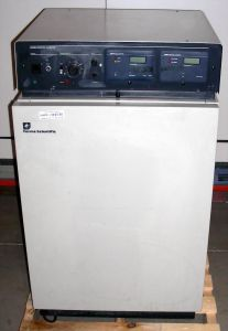 Forma Scientific 3158 Water-Jacketed CO2 Incubator