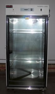Forma Scientific 3950 Forced-Air CO2 Incubator