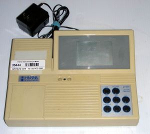 Hanna Instruments PH 301  (3-decimal) Digital, Bench-model pH-ISE Meter