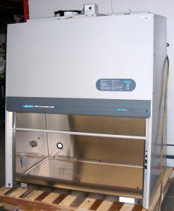 Labconco Purifier 36210-04, Type B2 Laminar Flow Biohazard Hood