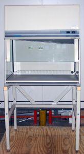 Labconco Purifier 37500-01 Laminar Flow Clean Bench Hood