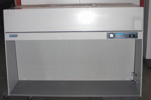 Labconco Purifier UV 3610004 Laminar Flow Clean Bench Hood