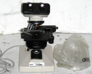 Nikon Alphaphot YS-T Phase Contrast Microscope