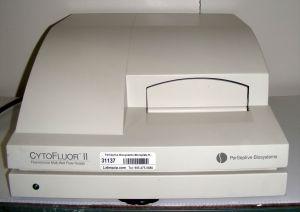PerSeptive Biosystems CytoFluor II Microplate Reader for Fluorometer