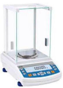 Radwag AS 310.R2 4-decimal Balance